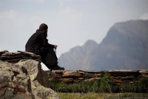 monk-at-prayer