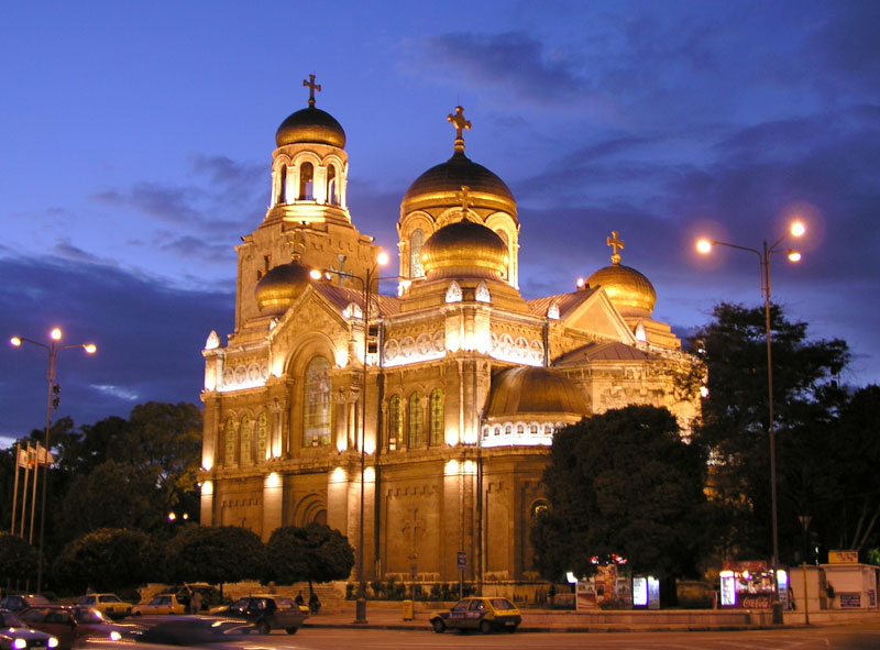 Varna_The_Cathedral_001